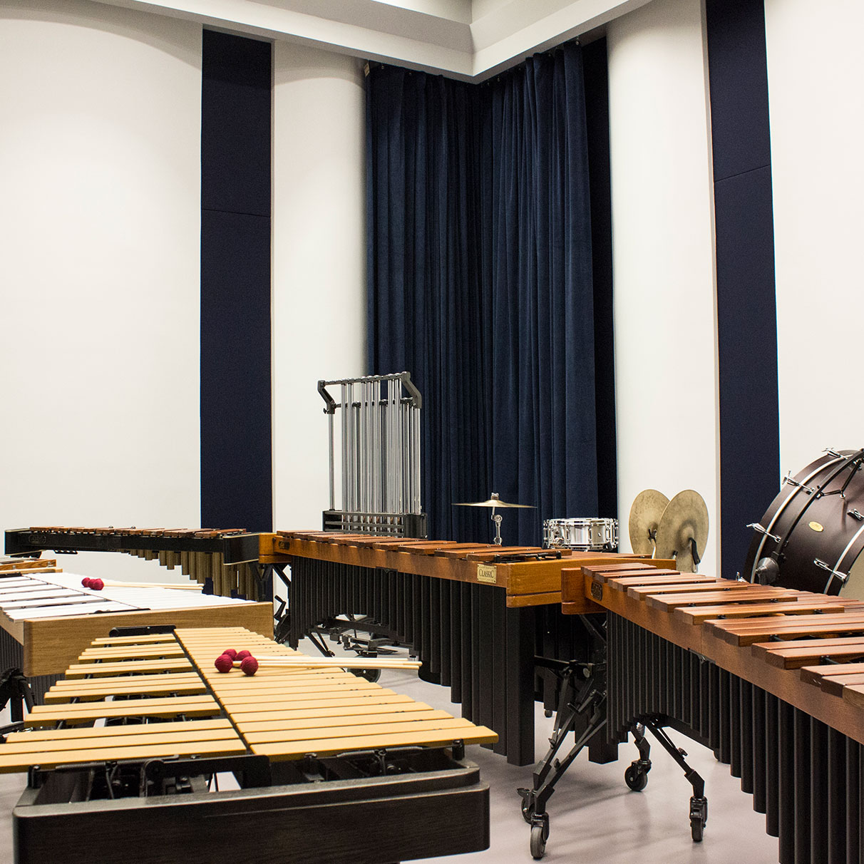 percussion-lab-room-has-a-variety-of-percussion-instruments-set-up